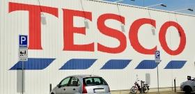 Közel kétméteres fenevad tartja rettegésben egy Tesco vásárlóit, nem tudják, hol bujkál