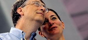 """Bill Gates-nek szerződésbe foglalt """"elhajlási engedélye"""" volt – egy másik nő miatt válik a feleségével?"""