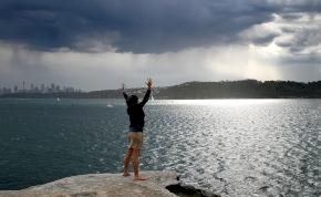 Időjárás: kedden földre száll a menyország, szerdán viszont lecsap az ég haragja Magyarországra