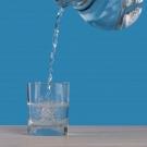 Csapvíz helyett palackozott vizet iszol? akkor van egy nagyon rossz hírünk a számodra
