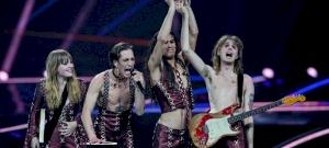 Félmeztelen olasz rockerek nyerték az idei Eurovíziós Dalfesztivált – videó