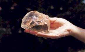 Hamis gyémántokat árusít a Pandora?
