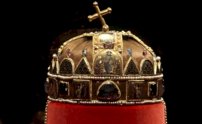 Kvíz: ki volt az a magyar király, aki a csúcsvezetőtől, a pápától kapta a koronát? Sokan belebuknak ebbe a kérdésbe