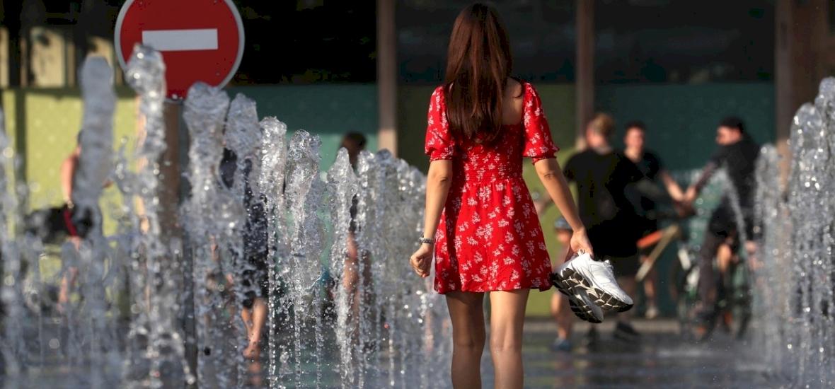 Időjárás: maradnak a falatnyi ruhák, pénteken is nyárias időjárásra számíthatunk