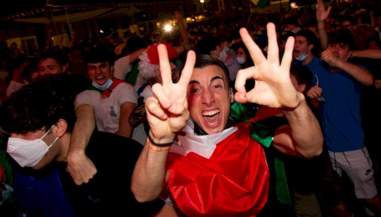 Egy férfi hibátlanul megjósolta a Törökország - Olaszország Eb meccs végeredményét, de még a gólszerzőket is!