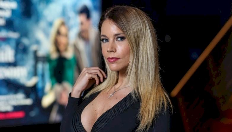 Baukó Éva szexizett egyet a melleivel, mielőtt benedvesítette magát - fotó