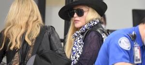Madonna arca teljesen eltorzult! Űrlényre vagy egy tetejére állított avokádóra hasonlít jobban a feje? – fotó