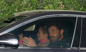 Jennifer Lopez és Ben Affleck egymásnak esett egy étteremben, az érzelmes csókról videó is készült