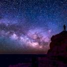 Napi horoszkóp: stabil lábakon állhatsz a hétvégén, vagy érkeznek a viharfelhők