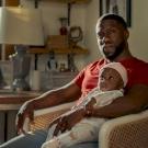 Apaság: Kevin Hartnak egyedül kell felnevelnie a gyermekét, mi pedig sírunk közben – kritika