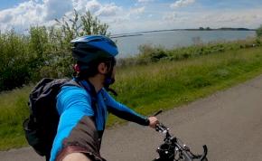 Ilyen tekerni a 2021-es Év kerékpárútján és a Tisza-tó körül - videó