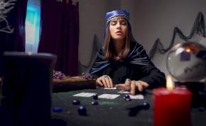 Válassz a 3 kártya közül és kiderül: nagy döntés előtt állsz? - Napi jóslás