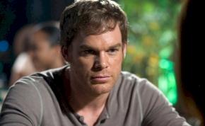 Hiába halt meg, mégis visszatér a Dexter folytatásában a széria legdurvább sorozatgyilkosa