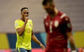A kolumbiai játékos tudtára adta a kapusnak, hogy nagyon becumikázta a tizenegyesét - videó
