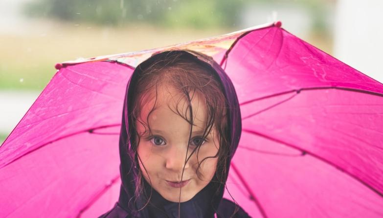Eső közeleg, erre az országrészre fog lecsapni egy kis frissítő zápor és zivatar - íme a részletes időjárás-előrejelzés péntekre!
