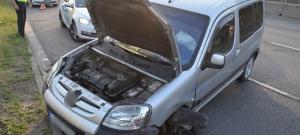 Egy sofőr Berki Krisztiánozott egyet, és büntetőfékezéssel okozott balesetet