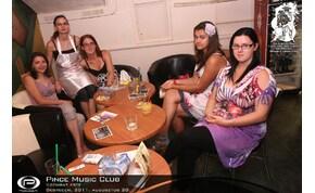 Debrecen, Pince Café & Music Club - 2011. augusztus 20. Szombat