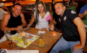 Debrecen, Pince Café & Music Club - 2012. Július 14. Szombat