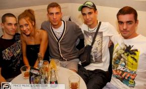 Debrecen, Pince Café & Music Club - 2012. augusztus 18. Szombat