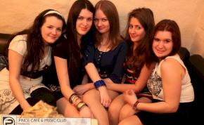 Debrecen, Pince Café & Music Club - 2013. Március 8., Péntek