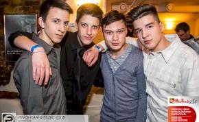 DEBRECEN, PINCE CAFÉ & MUSIC CLUB - 2014. ÁPRILIS 19., SZOMBAT