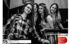 Debrecen,Pikoló Söröző- 2014. május 10., szombat este