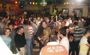 Miskolc, Kettes Klub - 2010. december 31.
