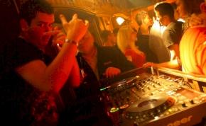 Eger, Hippolit Klub - 2011. március 16., Szerda