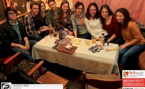 Debrecen, Roncs Bár- 2014. Február 21., péntek este