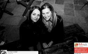 Debrecen, Roncs Bár- 2014. Március 28., péntek este