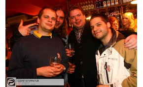 Eger, Szent István Pub - 2013. Március 15., Péntek