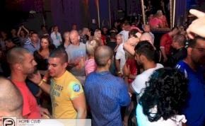 Debrecen, Home Club - 2012. Szeptember 8., Szombat