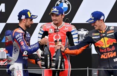 Miguel Oliveira nyerte a MotoGP Stájer Nagydíjat!