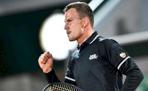 Fucsovics Marci remekel a Roland Garroson