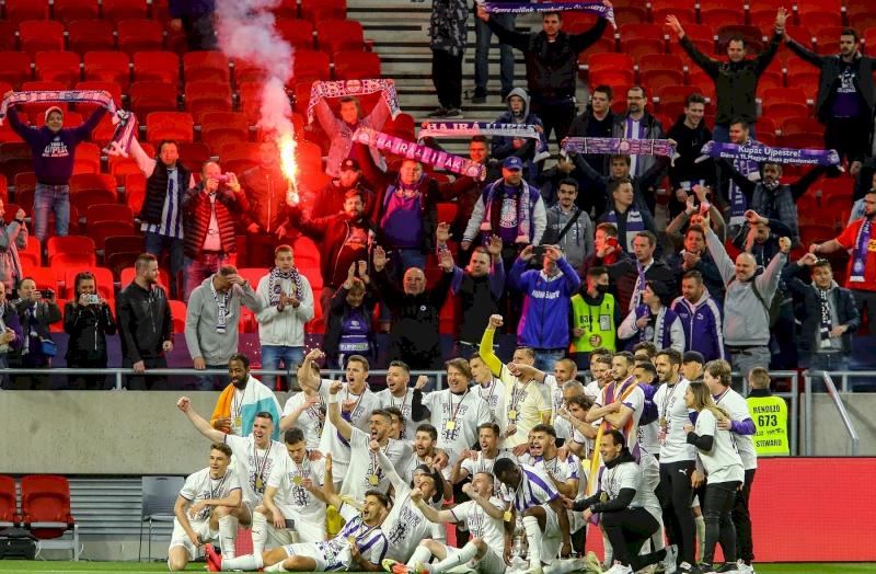 Képes Beszámoló - Nagy meglepetés a Magyar Kupa döntőjében