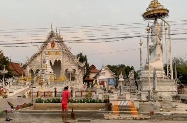 A thaiföldi lovaskocsi és a street food