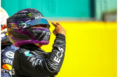 Ismét Hamilton a pole-ban