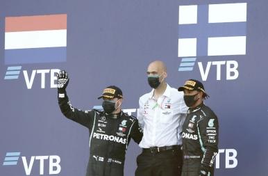Bottas nyert Szocsiban