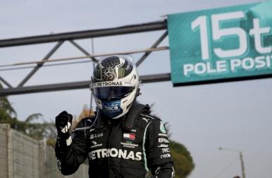 Bottas indulhat az első helyről Imolában
