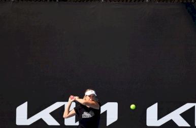 Már gyakorolnak a teniszezők Melbourne-ben