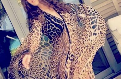 Salma Hayek 54 évesen is bomba formában van – szexi képek
