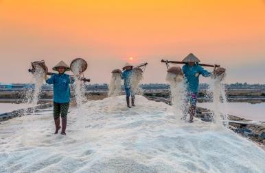 Hó, rizs, só? Mi lehet ez? - csodálatos képek Vietnámból