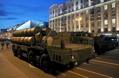 Felvonulnak Putyin csúcsmodern fenevadai - Oroszországban már készülnek a nagy ünnepre