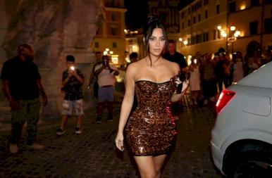 Kim Kardashian volt az egyik legnagyobb látványosság Olaszországban