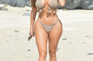 Egyre szexibb és csábítóbb a horgolt bikini