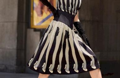 Te hordanál hamburger szoknyát? Teljesen őrült a Moschino új kollekciója!