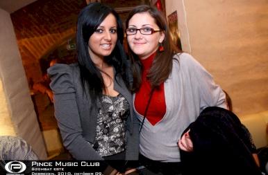 Debrecen, Pince Café & Music Club - 2010. október 9. szombat