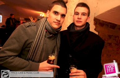 Debrecen, Pince Café & Music Club - 2012. November 23. Péntek