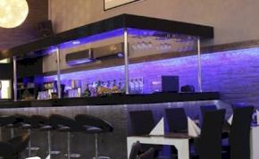 Hollywood Restaurant & Club